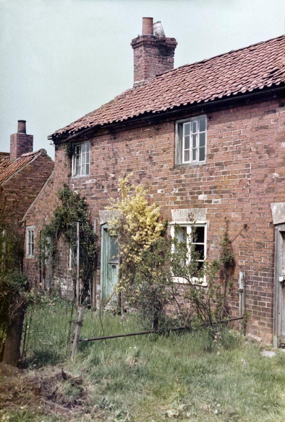 Cottages on Tippings Lane