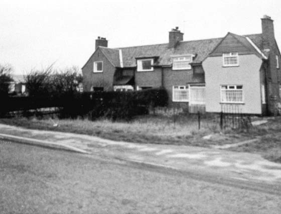 The cottages at White Post roundabout A614