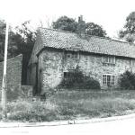 Cottages on Mansfield Rd Chapel Lane corner 1970