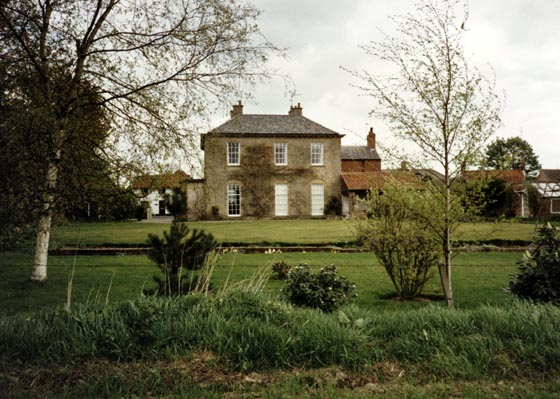 rear-the-grange-southwell-road