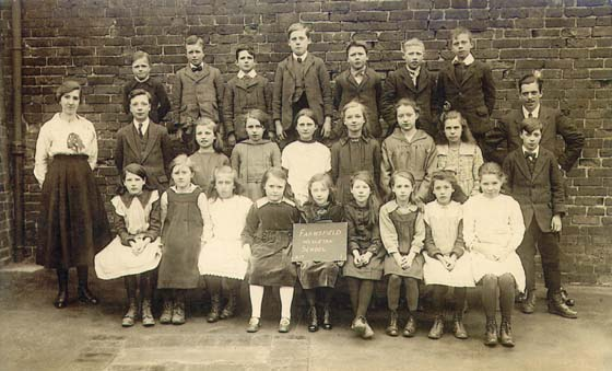 Weslyn School Group 1900